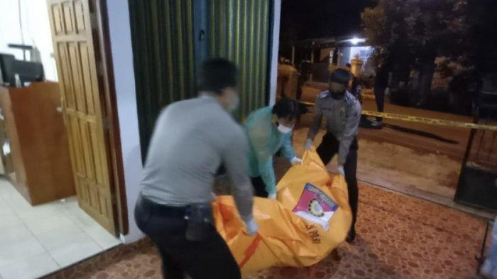 TIM Inafis Polres Muaraenim Evakuasi Jasad Sugiarto, Warga Blitar Meninggal Sakit Jantung di Kosan
