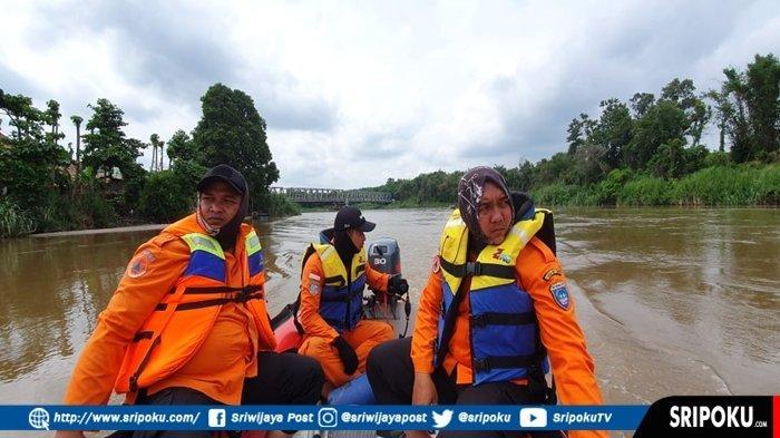 Tim SAR Gabungan Belum Temukan Liswa, IRT yang Hanyut dan Tenggelam di Sungai Komering OKU Timur
