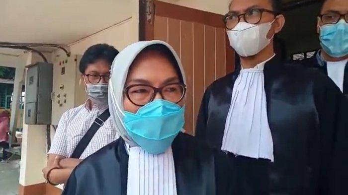 Pengacara Johan Titis Rahmawati Sebut Dakwaan JPU KPK Berbau Asumsi, Kok Dikit-dikit