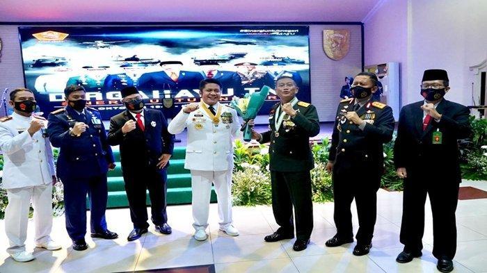 HUT TNI ke 75, Gubernur Sumsel Herman Deru Minta TNI Tingkatkan Kontribusi Bidang Ketahanan Pangan