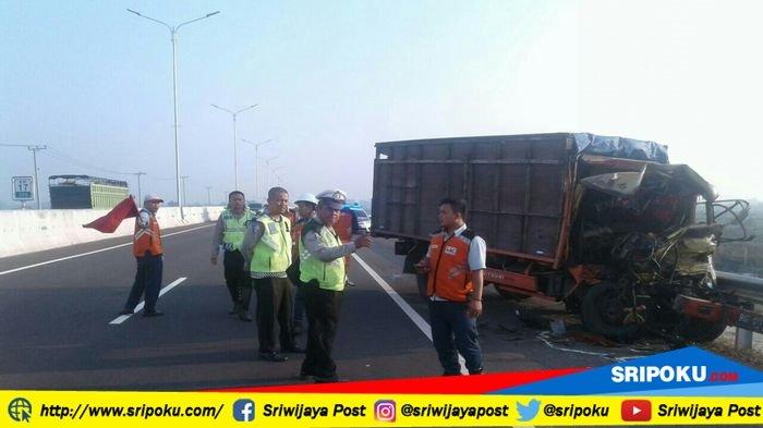 Berita Ogan Ilir: Tol Palembang-Indralaya Makan Korban. Sopir dan Kernet Tewas Mengenaskan di Km 17