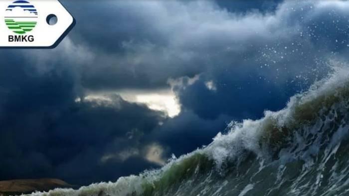 TSUNAMI Setinggi 28 Meter Terjang Pacitan, Golden Time Cuma 29 Menit: BMKG Keluarkan Peringatan