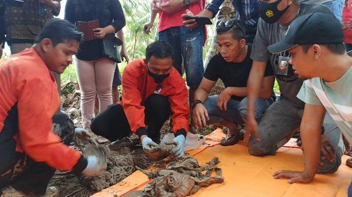 Tangis Keluarga Warnai Pengangkatan Jasad Sidik Korban Perampokan di Mariana Banyuasin 7 Tahun Silam