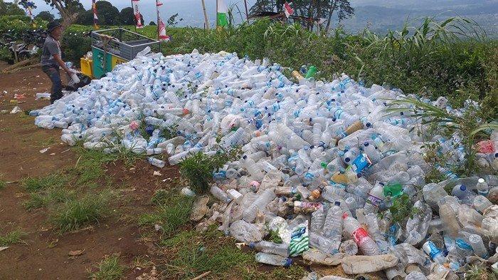 Kebijakan Ketat Berbuah Hasil, Pendaki Gunung Dempo Pagaralam Wajib Bawa Turun Sampah