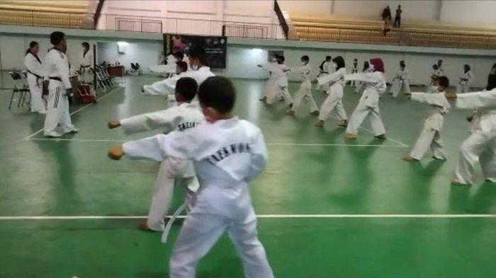 Demi Tingkatkan Mutu & Kualitas Teknik, 101 Taekwondoin Muara Enim Ikuti UKT