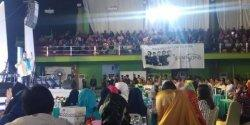Tausiyah di GOR PTBA Tanjung Enim, Ustad Maulana Disambut Histeris Ibu-ibu