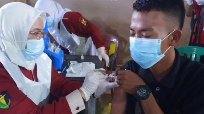 65.553 Warga di Kabupaten Ogan Komering Ilir Provinsi Sumsel Telah Disuntik Vaksin