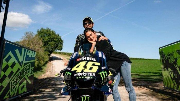 Valentino Rossi dan Francesca Sofia Novella