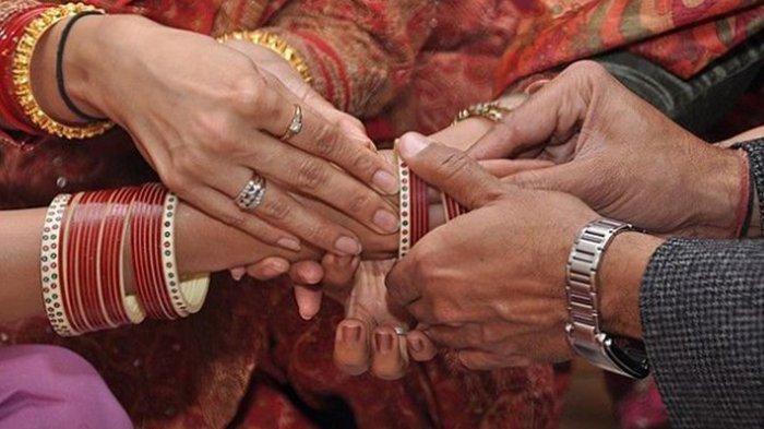 Nikah Baru 6 Hari Suami Rela Istri Dinikahi Sepupu Sendiri, Saat Tahu Alasannya Semua Orang Menangis
