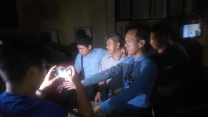BREAKING NEWS : Wakil Bupati OKU Johan Anuar Langsung Ditahan Seusai Diperiksa 12 Jam