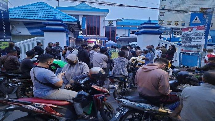 Wajib Pajak di Palembang Keluhkan Pelayanan Saat Hendak Bayar Pajak, Ini Kata Dirlantas Polda Sumsel