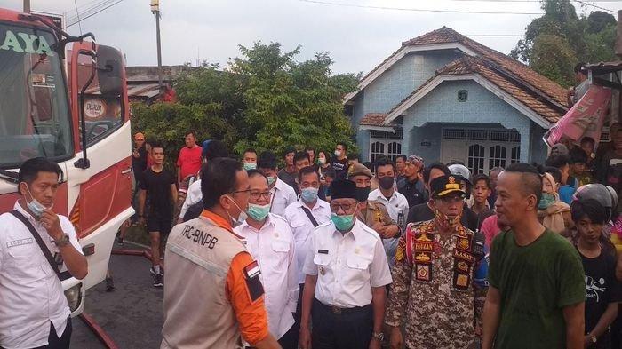 Wakil Bupati Lahat Tinjau Lokasi Kebakaran di Pulau Pinang, Haryanto: Jangan Sampai Terulang Lagi
