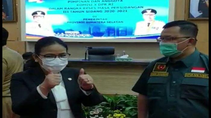 Gara-gara IniWakil Ketua Komisi X DPR RI Agustiana Acungkan 2 Jempol Tangannya ke Gubernur Sumsel