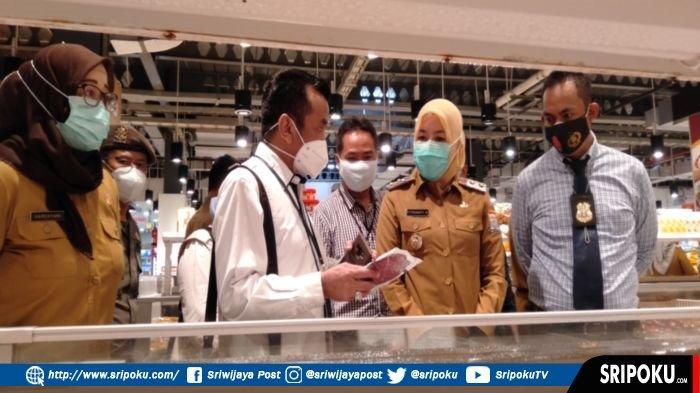 BREAKING NEWS: Wawako Palembang Kesal, Supermarket Ini Jual Makanan Mengandung Bahan Berbahaya