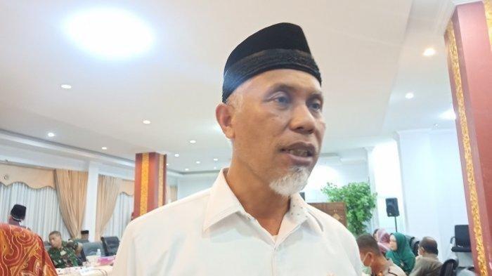 Kota Padang Berstatus KLB Covid-19, Satu Warga Positif Corona Solat Jumat di Masjid Ditiadakan