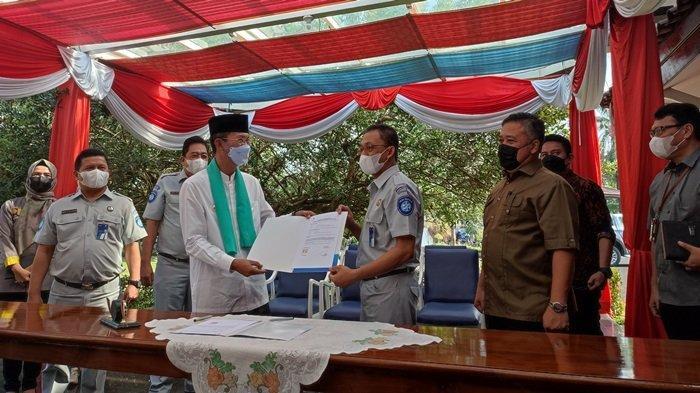 Walikota Palembang, H Harnojoyo mengapresiasi kepedulian Jasa Raharja dalam hal pelestarian lingkungan.