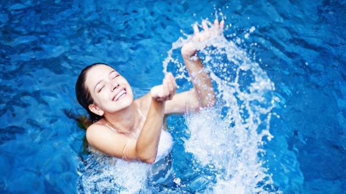 7 Manfaat Terapi Mandi Air Garam Sriwijaya Post