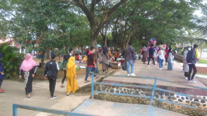 Jumlah Wisatawan Masuk Sumatera Selatan?