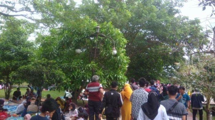 JSC Palembang Diserbu Ribuan Wisatawan, 'Kami Pilih Palembang karena tak Ada Pemeriksaan Rapid Test'