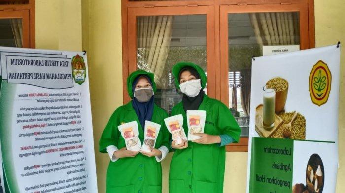 Keripik Pisang Renyah Cemilan Ala PWMP APHP SMK PP Negeri Sembawa