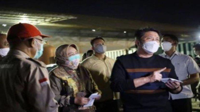 gubernur-sumatera-selatan-h-herman-deru-memantau-ketersediaan-oksigen.jpg