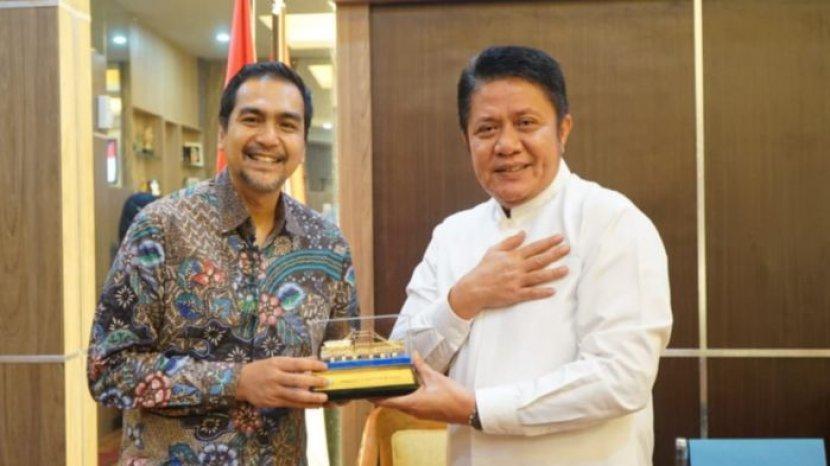 gubernur-sumatera-selatan-h-herman-deru-menerima-audiensi-pt-garuda-indonesia34.jpg
