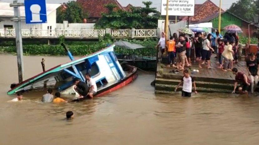 Update Bocah Tenggelam Di Sungai Musi Saat Cuci Tangan Di Kampung Kapitan Arus Sungai Jadi Kendala Sriwijaya Post