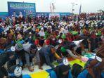 1000-pelajar-se-kota-palembang-melakukan-penulisan-kaligrafi.jpg