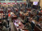 45-anggota-dprd-muba-ketika-mengenakan-batik-gambo-pada-hut-ke-65-kabupaten-muba.jpg
