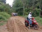 akses-jalan-ke-smkn-1-tanah-abang-kecamatan-tanah-abang-kabupaten-pali.jpg