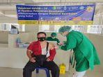 anggota-polres-oku-saat-vaksinasi-covid-19.jpg