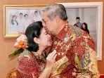 ani-yudhoyono-dan-susilo-bambang-yudhoyono.jpg