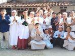 bek-sriwijaya-fc-deny-arwin-berkumpul-bersama-saudaranya.jpg
