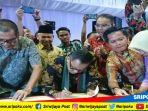 bupati-muaraenim-muzakir-bersama-dengan-147-bupatiwalikota-se-indonesia_20180312_111051.jpg