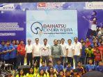 daihatsu-dan-candra-badminton_20180608_200539.jpg
