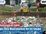 demi-sungai-bersih-dari-sampah-petugas-rela-menceburkan-diri-ke-sungai.jpg