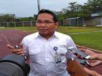 direktur-pengembangan-sriwijaya-fc-bambang-supriyanto-saat-diwawancarai-awak-media_20180515_150109.jpg