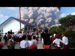 erupsi-gunung-sinabung_20180220_131337.jpg
