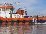 evakuasi-abk-tb-marina-positif-covid-19.jpg
