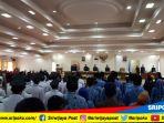 gubernur-sumsel-h-alex-noerdin-menghadiri-dalam-sidang-paripurna-istimewa-dalam-hut-pagaralam_20180621_132534.jpg