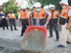 gubernur-sumsel-herman-deru-secara-resmi-memulai-pelaksanaan-pembangunan-infrastruktur-jalan-oku.jpg