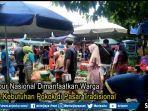 hari-libur-nasional-dimanfaatkan-warga-untuk-belanja-kebutuhan-pokok-di-pasar-tradisional.jpg