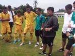 head-coach-budi-jo-memberikan-pengarahan-terhadap-skuat-tim-sriwijaya-fc.jpg