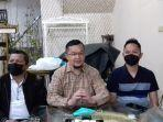 hendri-zainuddin-umumkan-manajer-sriwijaya-fc.jpg