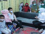 hj-fitrianti-agustinda-sh-wakil-walikota-palembang-kunjungi-andrean-saputra.jpg