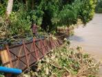 jembatan-gantung-di-muratara_20160328_182507.jpg