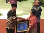 kabupaten-musirawas-mendapatkan-penghargaan-sertifikat-adipura_20170803_132546.jpg