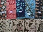 kain-batik-ciwaringin-di-kampung-batik-ciwaringin-cirebon_20150411_205705.jpg