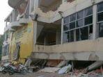 kampus-iai-al-aziziyah-yang-roboh-gempa-aceh_20161207_111714.jpg