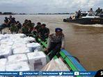 kapal-patroli-satpolairud-polda-sumsel-mengawal-jalannya-distribusi-logistik-ppk-gandus-pemilu-2019.jpg